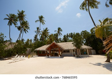 Lobby reception bungalow on tropical island - nature travel background