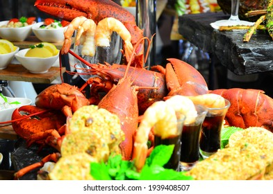 lobster with shrimp on open buffet