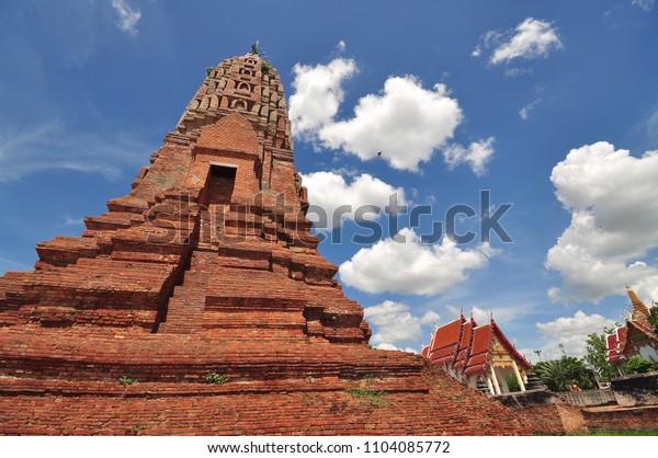 Location:Wat Phra Sri Ratana Mahathat,Suphan Buri,Thailand