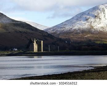 Lochranza,Arran,Scotland,UK. 2/12/18. A winter scene of Lochranza Castle on the Isle of Arran,Scotland