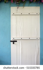 Lock gate White Door