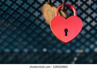 The lock of love, Red heart shaped padlock, Padlocks on bridges, The romantic gesture of leaving padlocks on bridges, Expressing a kind of love, Valentines wallpaper.