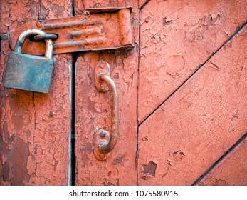 lock on the old door