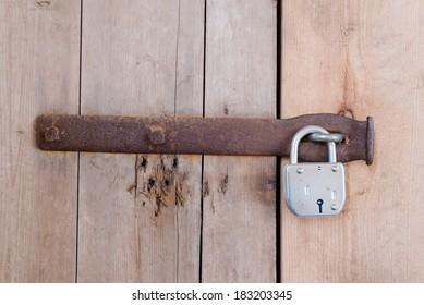 Lock wood door