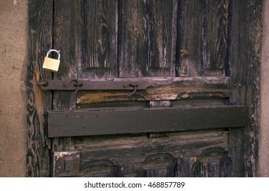 lock in a wooden backyard door
