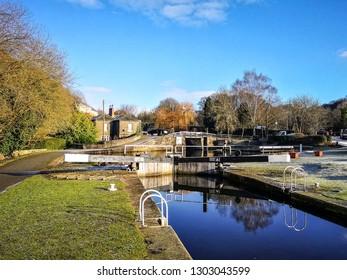 Locks, Salterhebble Basin, Calder and Hebble Navigation, WestYorkshire, UK