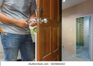 locksmith open the wood door to bathroom  - can use to display or montage on product