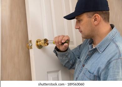 Locksmith repairs lock