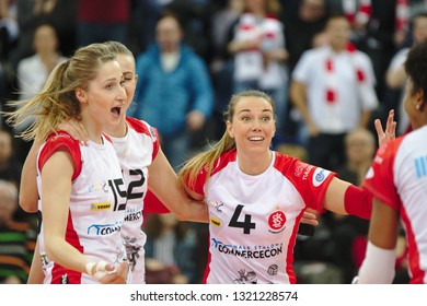 LODZ, POLAND – 02 23 2019: Polish Women's Volleyball League LKS Commercecon Lodz - Grot Budowlani Lodz. LKS Commercecon players Klaudia Alagierska and Lucie Muhlsteinova.