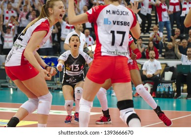LODZ, POLAND – 04 29 2019: Polish Women's Volleyball League LKS Commercecon Lodz - Grot Budowlani Lodz. 3rd Final game. LKS team.
