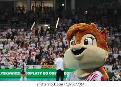 LODZ, POLAND – 04 29 2019: Polish Women's Volleyball League LKS Commercecon Lodz - Grot Budowlani Lodz. 3rd Final game. Squirrel - LKS mascot.