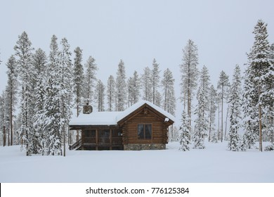 Cabin In The Woods Images Stock Photos Vectors Shutterstock
