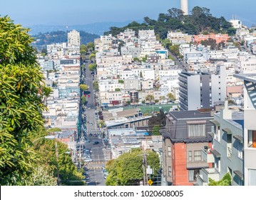 Lombard Street and city skyline on a beautiful day, San Francisco.