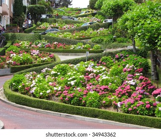 lombard street at san francisco