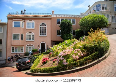 Lombard street, San Francisco, California 07/30/2018