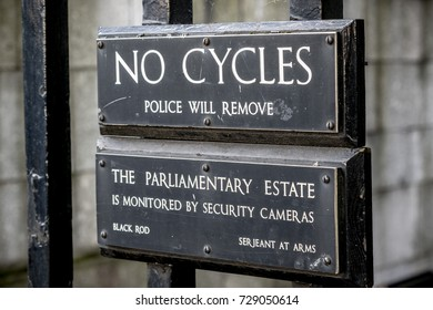 London, 28th September 2017:-Signs on the railings of Portcullis House, part of the Parlimentary Estate