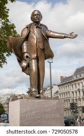 London, 28th September 2017:-Statue of David Lloyd George British Prime Minister 1916-1922 located in Parliment Square