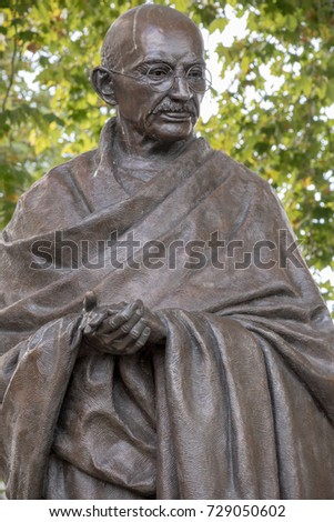London, 28th September 2017:-Statue of Mahatma Gandhi in Parliment Square