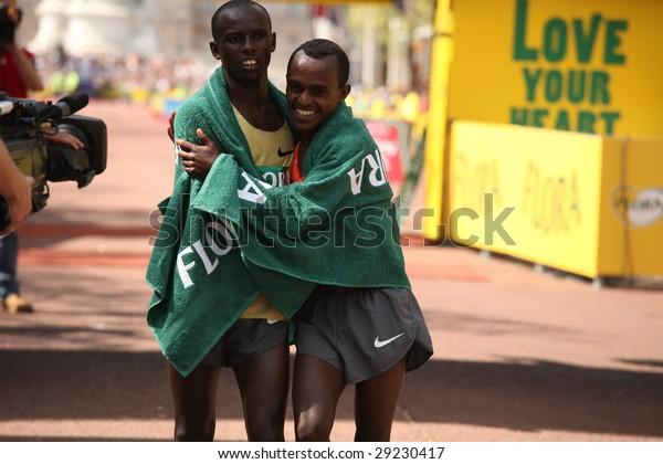 LONDON, APRIL 26, wanjiru, samuel (ken) and  kebede, tsegay (eth), winner and runner up, flora london marathon 2009