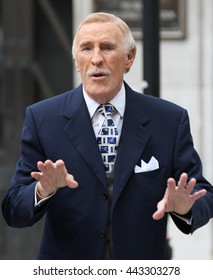LONDON - AUG 31, 2014: Bruce Forsyth seen at the BBC studios on Aug 31, 2014 in London