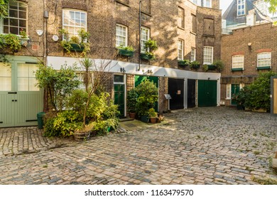London. August 2018. A view of a mews house in Belgravia in London