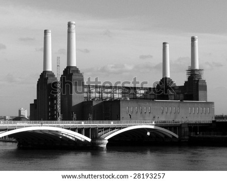 London Battersea powerstation abandoned
