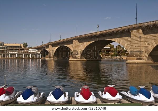 London Bridge Lake Havasu City Arizona Stock Photo Edit Now 32310748