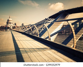 London Bridge in a sunny day