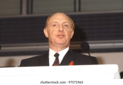 LONDON - DECEMBER 4: Rt.Hon. Neil Kinnock, Leader of the Labour party, speaks at a press conference on December 4, 1990 in London. He was party Leader from 1983 until 1992.