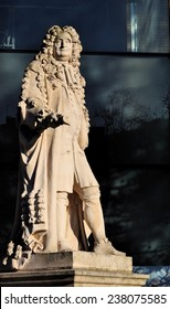 LONDON - DECEMBER 6. Statue of Sir Hans Sloane (1660-1753) a British physician noted for bequeathing his collection to form the British Museum; December 6, 2014 in the Physic Garden, Chelsea, London.