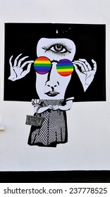 LONDON - DECEMBER 6. Street art at Chelsea Arts Club based on the 1939 film The Wizard of Oz and synchronicity with Pink Floyd's The Dark side of the Moon album, on December 6, 2014; Chelsea, London.