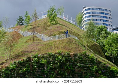 London, England. 30th July 2021. Marble Arch Mound. Temporary landscaped mound, which is topped by a viewing platform.