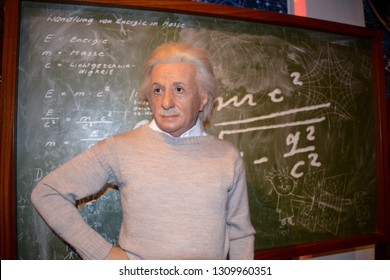 LONDON, ENGLAND - APRIL 12, 2017: wax figure of the character Albert Einstein, a German physicist, considered one of the best scientists of the twentieth century.