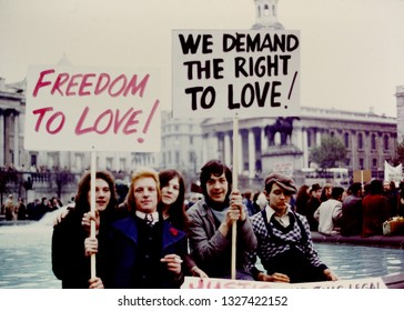 London, England. August 28th 1971 in Trafalgar Square. Campaign for Homosexual equality march from Hyde Park to Trafalgar Square to protest at the age of consent. An estimated 500 to 1000 marchers.