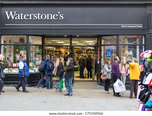 LONDON, ENGLAND - DECEMBER 14, 2013: A Waterstone book store. Waterstone first opened in Old Brompton Road, London, in 1982 and currently trades from nearly 300 shops.