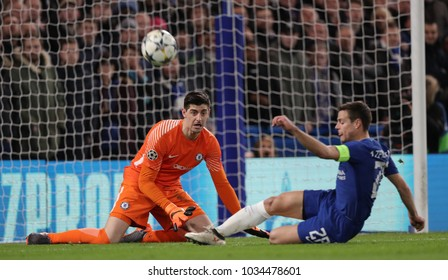 LONDON, ENGLAND - FEBRUARY 20: Thibaut Courtois and Cesar Azpilicueta of Chelsea during the Champions League Round of 16 First Leg match between Chelsea FC and FC Barcelona at Stamford Bridge