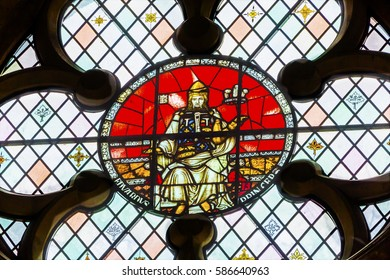 LONDON, ENGLAND - JANUARY 16, 2017 King Edward 1 of Elder Stained Glass 13th Century Chapter House Westminster Abbey Church London England.  King Edward 1 from 899 until 924, son of Alfred the Great.