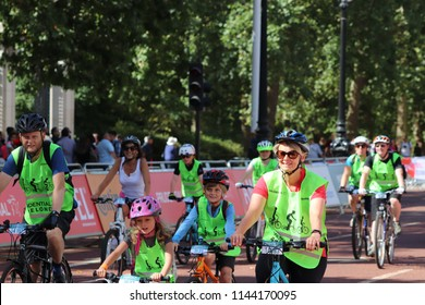 Prudential Ridelondon Freecycle  Images, Stock Photos & Vectors