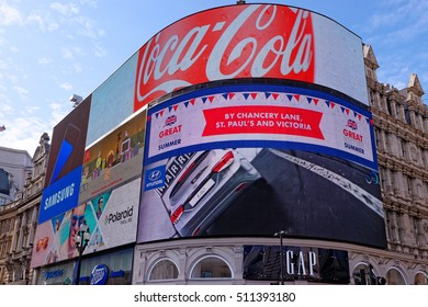 LONDON, ENGLAND - JULY 8, 2016: Piccadilly Circus neon signage with some famous brands adverts.