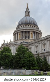 LONDON, ENGLAND - JUNE 17 2016: Amazing view of St. Paul Cathedral in London, Great Britain