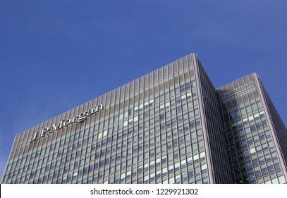 London, England - November 2018: Office tower of the American investment bank JPMorgan Chase as EU headquarters in 25 Bank Street on Canary Wharf or Isle of Dogs. Former Lehman Brothers headquarters