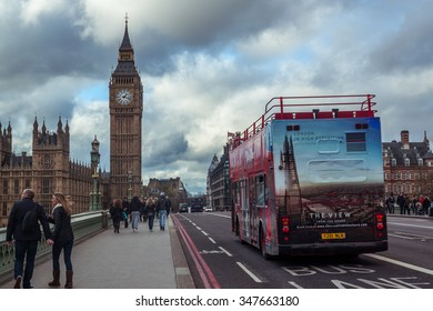 LONDON, ENGLAND - NOVEMBER 27, 2015: Westminster Bridge over River Thames with Houses of Parliament and Big Ben in London, UK on November 27th, 2015.