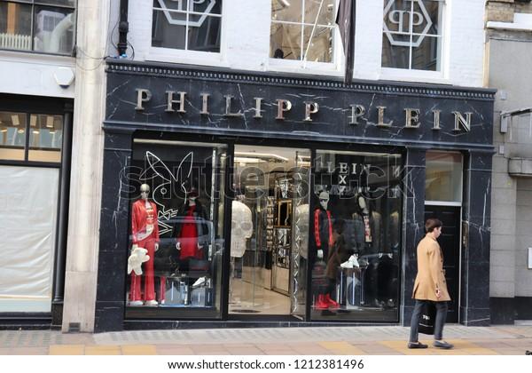 abd01d1586e London, England, October 23rd 2018: Philipp Plein store in New Bond Street,