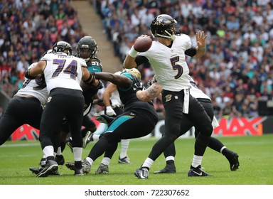 LONDON, ENGLAND - SEPTEMBER 24: Joe Flacco quarterback for Baltimore Ravens during the NFL match between The Jacksonville Jaguars and The Baltimore Ravens