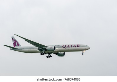 LONDON, ENGLAND - SEPTEMBER 27, 2017: Qatar Airways Airlines Boeing 777 A7-BEB landing in London Heathrow International Airport.