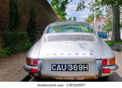 London, England, Uk, July, 12th, 2020. Porsche 911 T Classic Car in Hampstead London.