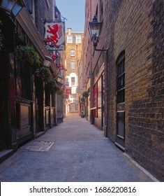London, England, Uk, March, 28th, 2020. Crown Passage of Pall Mall in the WestEnd. Empty London Streets.