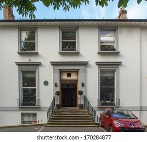 LONDON, ENGLAND, UK - MAY 10, 2010: EMI Abbey Road studios made famous by the Beatles who recorded an album with the same name in 1969