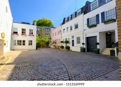 London, England, Uk. September, 17th, 2019. A set of houses in Clarendon Close W2 London.