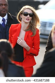 LONDON - FEB 18, 2013: Rosie Huntington-Whiteley arrives for the Burberry Prorsum - London Fashion Week show on Feb 18, 2013 in London